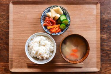 【食のニュース】コロナ禍で消費者が選ぶのは、米か麺類か?数字が語る – 従来の傾向を加速化した結果に